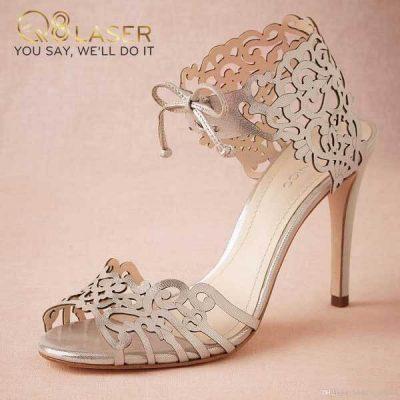 Khắc laser giày đẹp