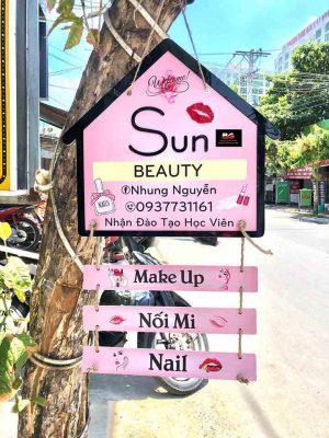 làm biển hiệu quảng cáo nail make up