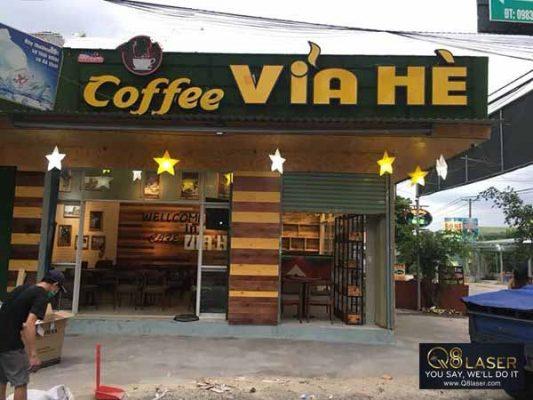 làm bảng quảng cáo quán cafe