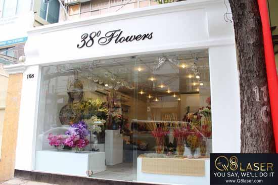 biển quảng cáo hoa tươi đẹp