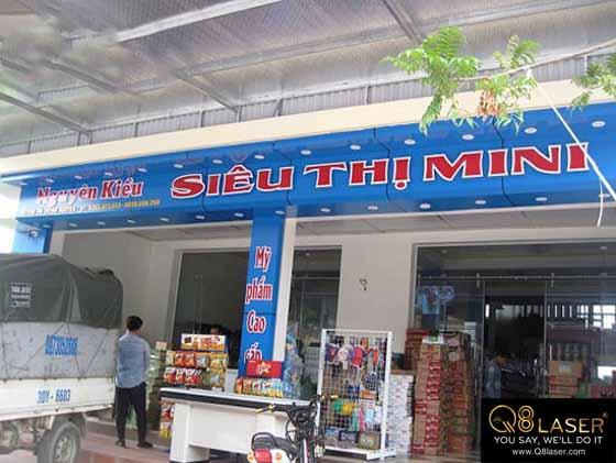 thi công biển quảng cáo siêu thị