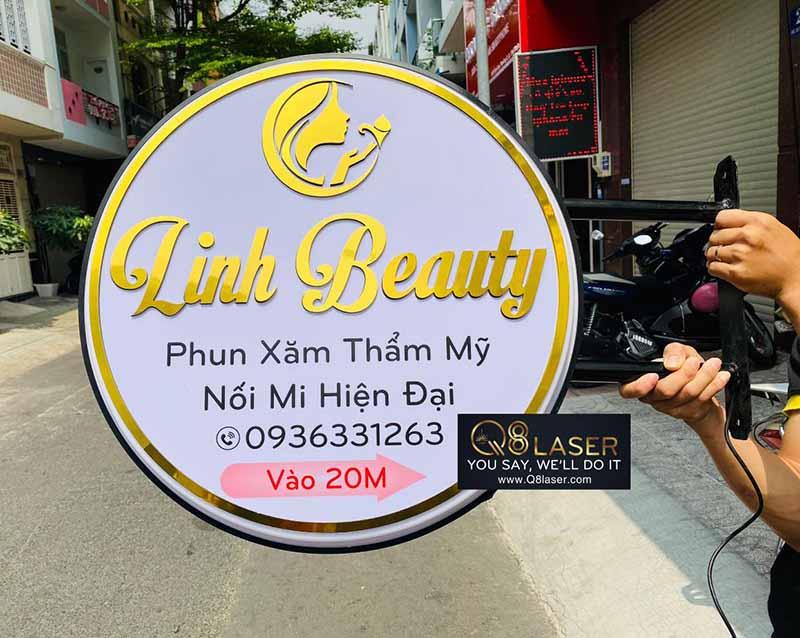 Biển quảng cáo tại Bình Tân