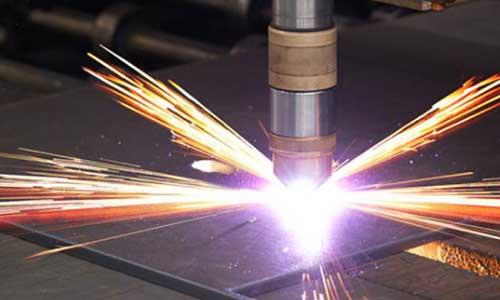 Cắt sắt bằng hồ quang Plasma